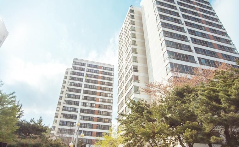 Graduate Apartments
