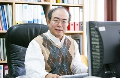 Professor PooGyeon Park Wins the 2020 Korea Engineering Award