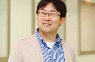 Prof. Dongsoo Hwang Comes Up With Advanced Materials Solutions Underwater