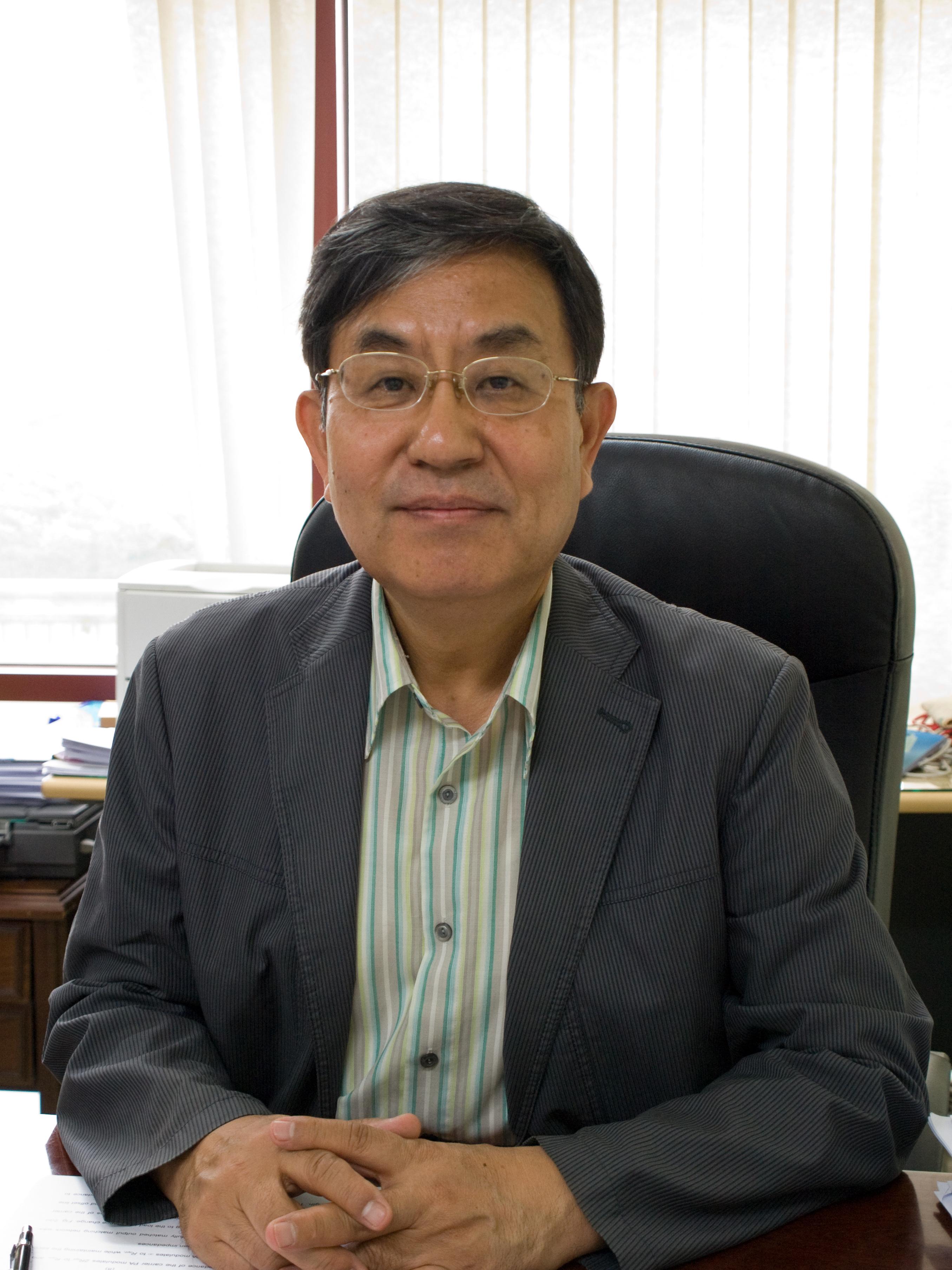김범만교수