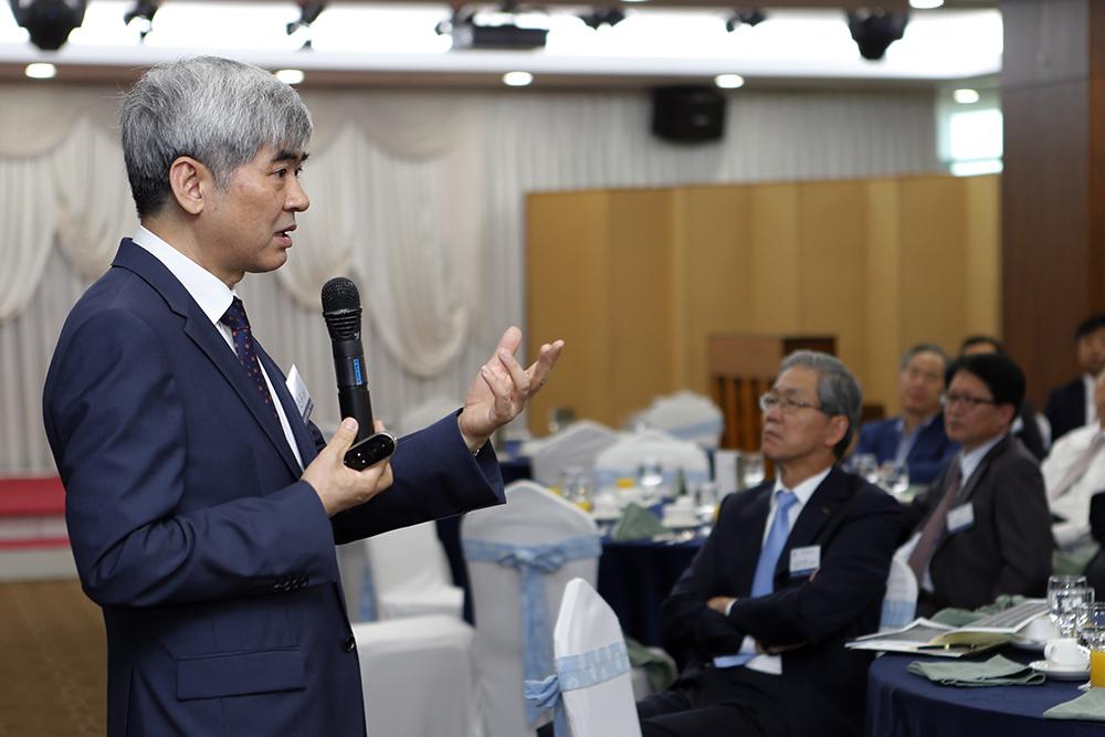 제42차 AP포럼 (Advance Pohang Forum) 조찬세미나에 참석 이미지