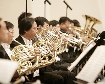 관현악단 연주 이미지