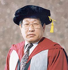 초대 김호길 총장