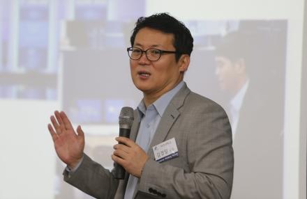 김경일 아주대학교 교수, 김도연 총장 초청으로 특별강연
