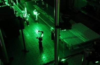신소재 조문호 교수팀, 빛으로 결함 제어해 2차원 반도체 도핑한다