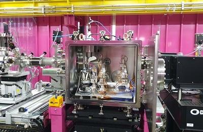 물리 송창용 교수팀, 찰나의 빛과 인공지능이 만나면 바이러스의 3D 동영상도 찍을 수 있다?